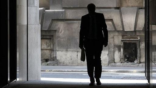 Comment faire un contrat de travail et respecter le droit du travail ?